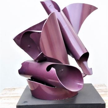 Sculpture, plastic, abstract, artwork by Servin