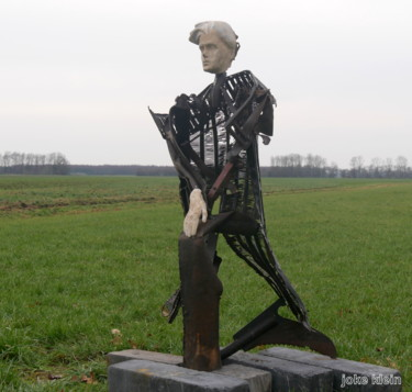 57.1x29.5x17.7 in ©2019 by Johan-j- Smid-sculptures.nl