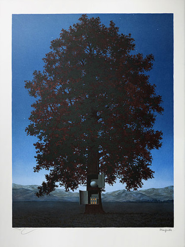30.7x22.8 in ©2004 by René Magritte