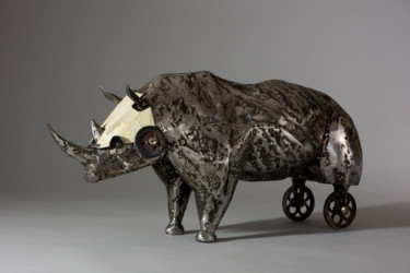 Animal Sculpture, metals, surrealism, artwork by Pierre Sidoine