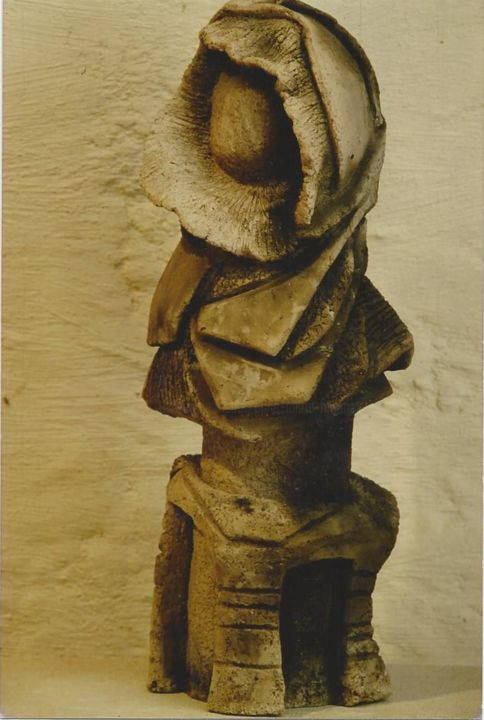 femme bizarre - Sculpture, ©1993 by anne marie mermet -                                                                                                                          Abstract, abstract-570