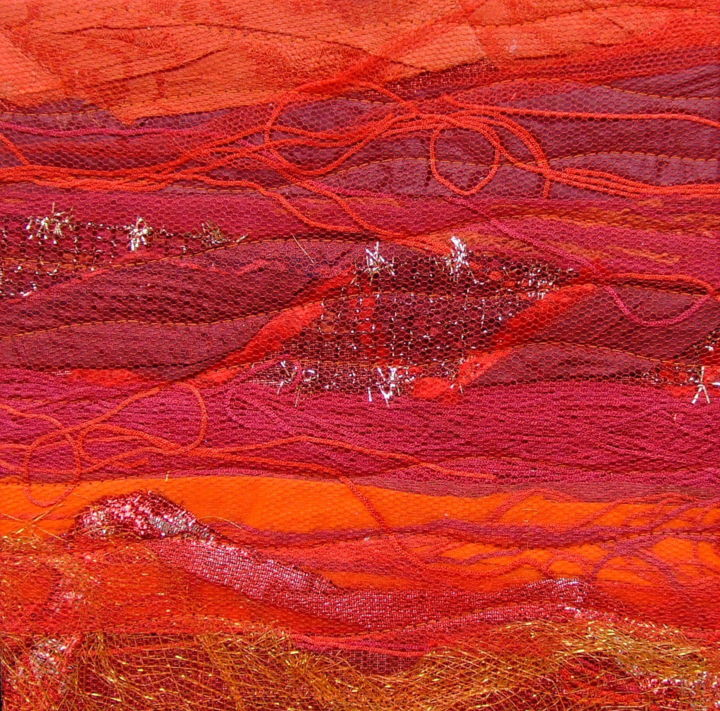 Fils rouges.jpg - Textile Art,  27x27x4 cm ©2019 by Jean Pierre Avonts-Saint-Lager -                                            Abstract Art, Abstract Art, textile, tissus, patchwork
