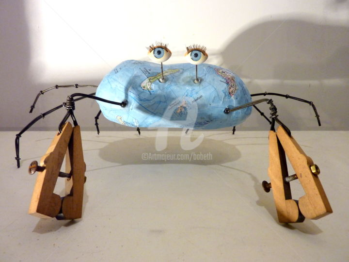 """La dormeuse du Golfe"" - Sculpture,  12x38 cm ©2017 by Elisabeth FAUCHEUR -                                                                    Other, Metal, Paper, Animals, crabe, dormeur, tourteau, sculpture crabe, art singulier, art, art contemporain"