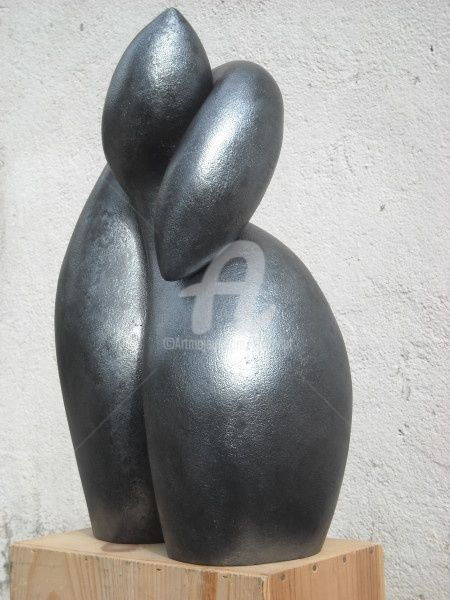 Osmose - Sculpture,  19.7x7.9x13.8 in, ©2010 by Bernard Baltassat -                                                                                                                                                                                                                                              pingouins, calin, osmose, sculpture, enlacement