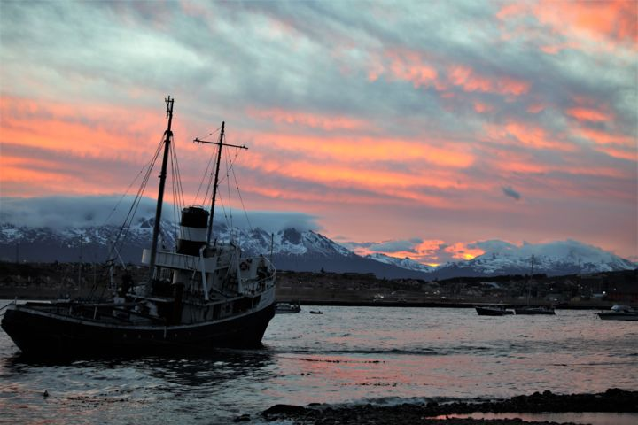 Evening. Ushuaia. The South of Argentina - ©  Вечер Online Artworks