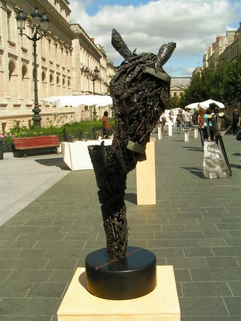 Cheval - Sculpture ©2006 by Jean Claude Causse -            cheval, toro