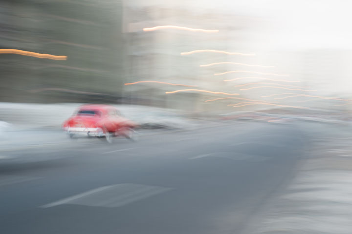 Mouvement 010 - Photography,  15.8x23.6x0.2 in, ©2019 by cbaud -                                                                                                                                                                                                                                                                                                                                                                                                                                                                                                                                                                                                                                                                                                                                                                                                                                                                                                                                                                                                                                                                                                                                                                                                                                                                              Minimalism, minimalism-606, Architecture, Automobile, Cityscape, Cities, Car, mouvement, movement, movimiento, dynamic, coche, car, voiture, fifty's, années 50, rouge, red, rojo, vitesse, speed, ville, street, city, cuba, flou, blurring