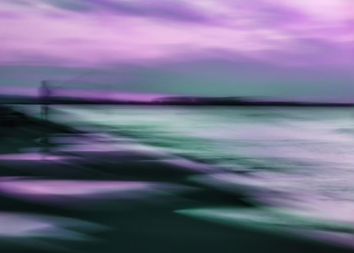 Le pêcheur - Photography, ©2020 by Céline Pivoine Eyes -                                                                                                                                                                                                                                                                                                                                                                                                                                                                                                                                                                                                                                                                                                                                                                                                                                                                  Abstract, abstract-570, Abstract Art, Nature, Landscape, Seascape, Travel, mer, plage, pêcheur, icm, intentional camera movement, violet, parme, art abstrait, abstract photography, art deco, impressionisme