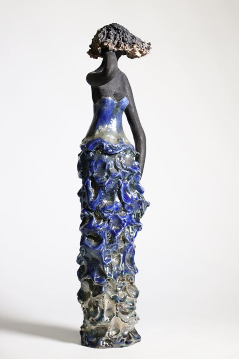Dans le vent - Sculpture,  21.7 in, ©2015 by Christine Lavoute -                                                                                                                                                              Ceramic, Women, femme