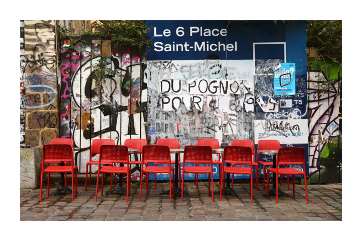 Le 6 place St Michel - Photography,  23.6x35.4 in, ©2019 by Christophe Lebreton -                                                              photographie
