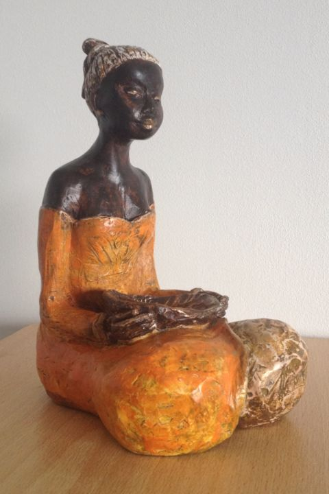 """ Ida "" - Sculpture,  18x15x15 cm ©2013 by Danielle BENOTTO -                                                            Figurative Art, Ceramic, World Culture, sculpture argile patinée"