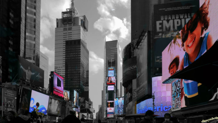 Times Square in New-York City - © 2012  Online Artworks