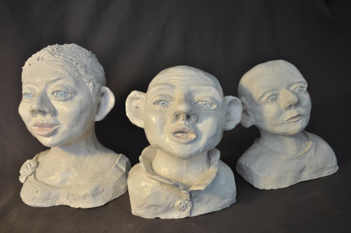 Alice, Marcel et Victor. - Sculpture,  0,4 in, ©2015 par Derrey -                                                              Céramique