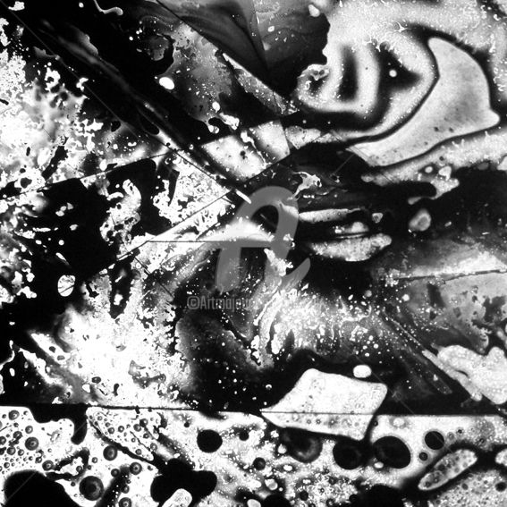 dark thing four - Photography,  19.7x19.7x0.1 in, ©2018 by Bigwood H. -                                                                                                                                                                                                                                                                                                                                                                  Abstract, abstract-570, Aluminum, Abstract Art, abstrait, besançon, Black and White