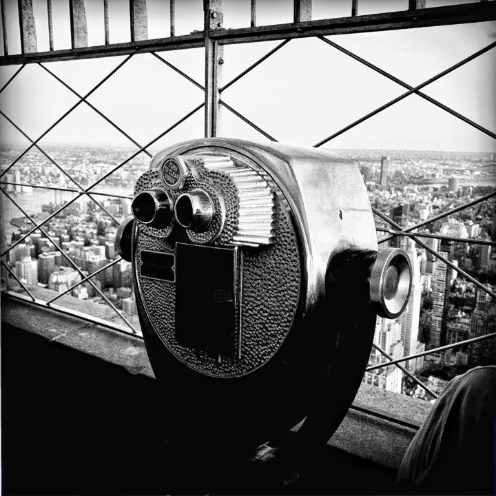 New-York 19 - Photography,  11.8x11.8x0.4 in, ©2017 by Eric Chauvet - Photographies New-York -                                                                                                                                                                                                                                                                                                                                                                                                                                                                                                                                                                                                                                                                                                                                                                                                                                                                  Street Art, street-art-624, Architecture, Places, Black and White, Cityscape, Cities, NY, New-York, Urbain, Ville, Empire State Building, Noir et Blanc, Gratte Ciel, Street, Photographie, PhotographyCultureArt, Eric Chauvet