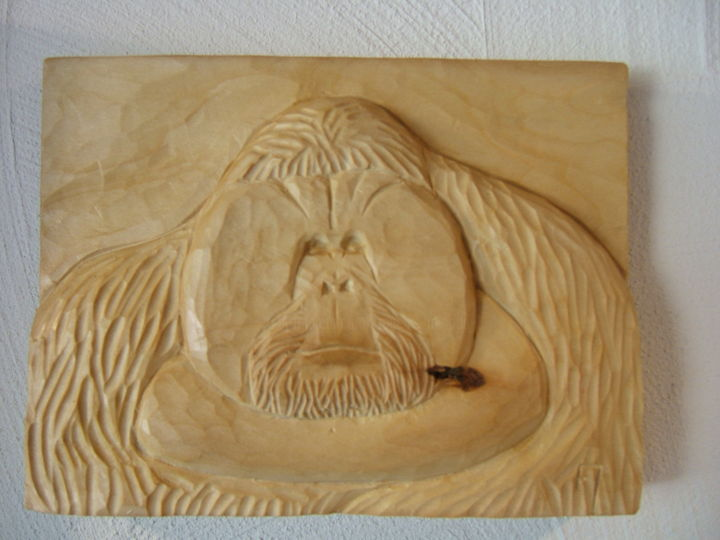 Tête d'orang-outan - Sculpture,  5.9x7.9 in, ©2010 by François Micoud -                                                                                                                                                                                                                                                                                                                                                                                                                                                                                                                                                                                                                                                                                                                                                                              Figurative, figurative-594, Wood, Animals, Nature, mammifère, animal, animaux, singe, orang-outan, relief, demi-relief, haut-relief, bois, tilleul, sculpture