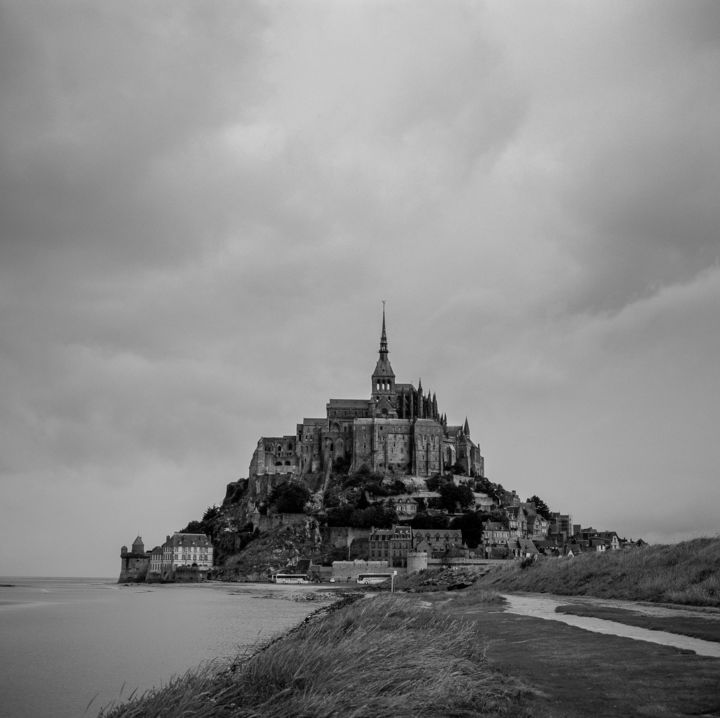 Mont Saint Michel 01, France - Photography, ©2008 by Franz Hümpfner -                                                                                                                                                                                                                                                                                                                                                                                                                                                                                                                          Architecture, Gothic, Culture, Landscape, Black and White, France, Frankreich, Mont Saint Michel, Normandie, Normandie Mont Saint Michel Frankreich, Normandy