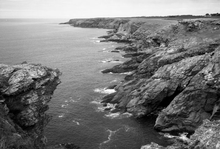 Côte rocheuse - Photography,  19.7 in, ©2018 by Frédéric Duchesnay -                                                                                                                                                                                                                                                                                                                                                                                                                                                                                                  Illustration, illustration-600, Nature, Groix, ile, océan, rocher, côte, Bretagne, Black and White