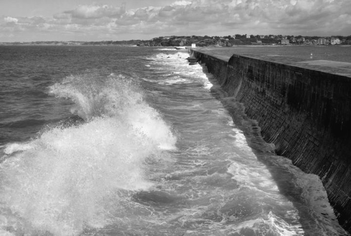 Ciboure le port - Photography,  19.7x27.6x0.4 in, ©2018 by Frédéric Duchesnay -