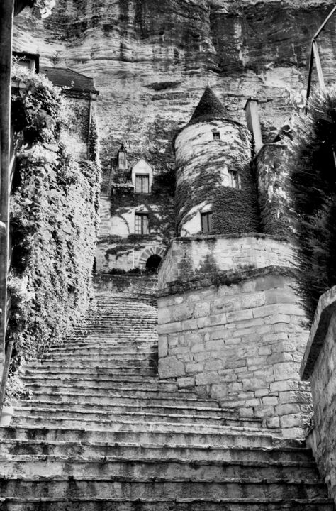 La Roque - Photography,  13.4x9.5 in, ©2012 by Frédéric Duchesnay -                                                                                                          la Roque Gageac, Black and White