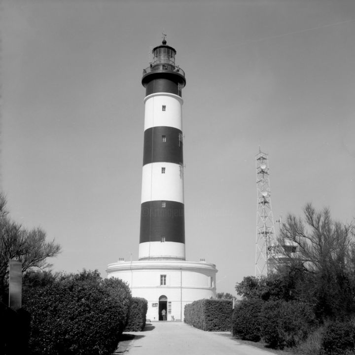 Le Phare de Chassiron - Photography,  15.8x15.8x0.4 in, ©2017 by Frédéric Duchesnay -                                                                                                              Architecture, Black and White