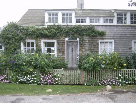 Historic Cottage 2 - Photography, ©2008 by Kathleen Reilly -