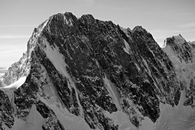 LES GRANDES JORASSES (France) n°4/10 - Photography,  60x90 cm ©2010 by Pierre VALLET -