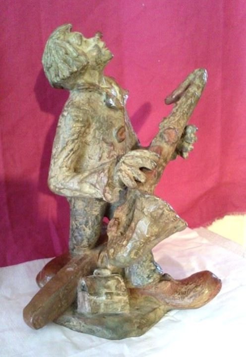 Le clown au saxophone - Sculpture,  11.8 in, ©2014 by Gilbert LIBLIN -                                                                                                                                                                                                                          Figurative, figurative-594, Bronze, le clown au saxophone