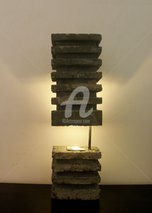 WHITE LIGHT IN DARK STONE - Sculpture,  74x22x14 cm ©2016 par Gildas Husson -                                    Art conceptuel, Art déco
