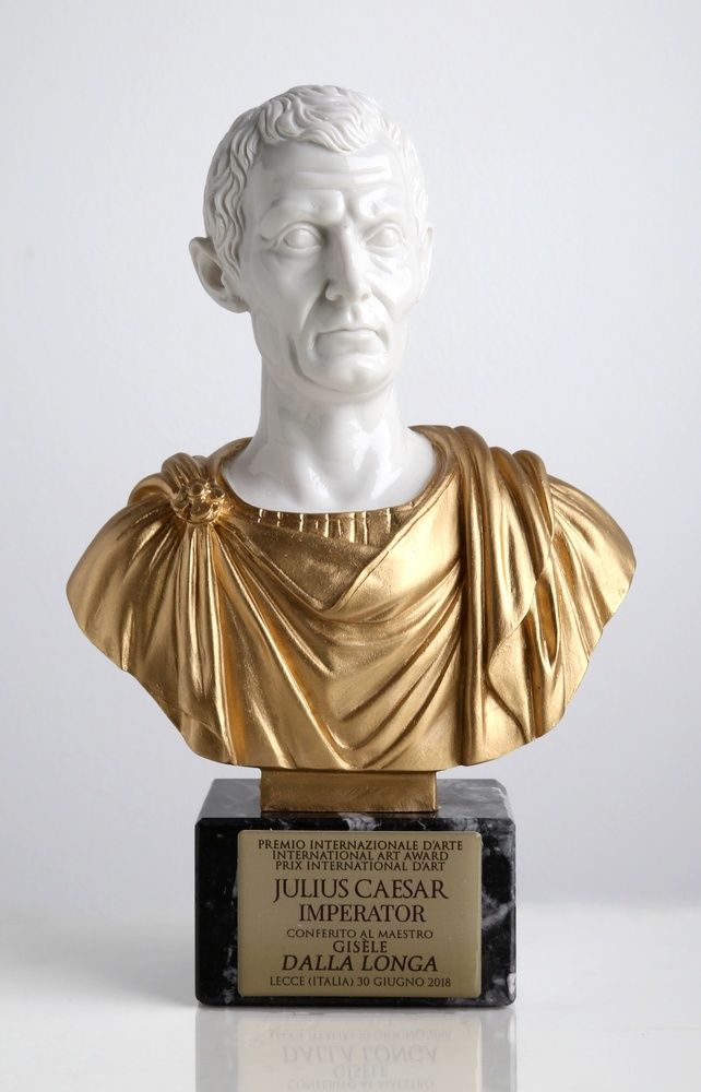 Statuette Julius Caesar Empereur Prix International d'Art 2018 Gisèle Dalla Longa