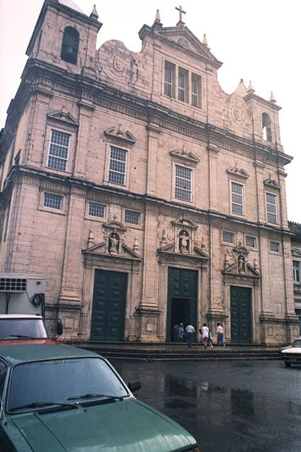 Salvador, Brasil; Ba. Catedral, vista frontal - Photography,  70.9x47.2 in, ©1992 by Guillermo Aurelio Barón Cabut -                                                              fachada del edificio