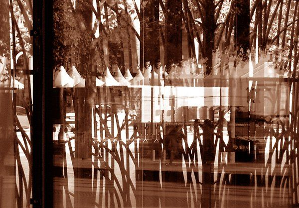Reflet de Bordeaux N°1 - Digital Arts ©2004 by Hanwen Guo -