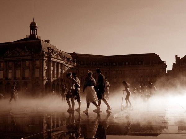 Reflet de Bordeaux N°4 - Digital Arts ©2004 by Hanwen Guo -