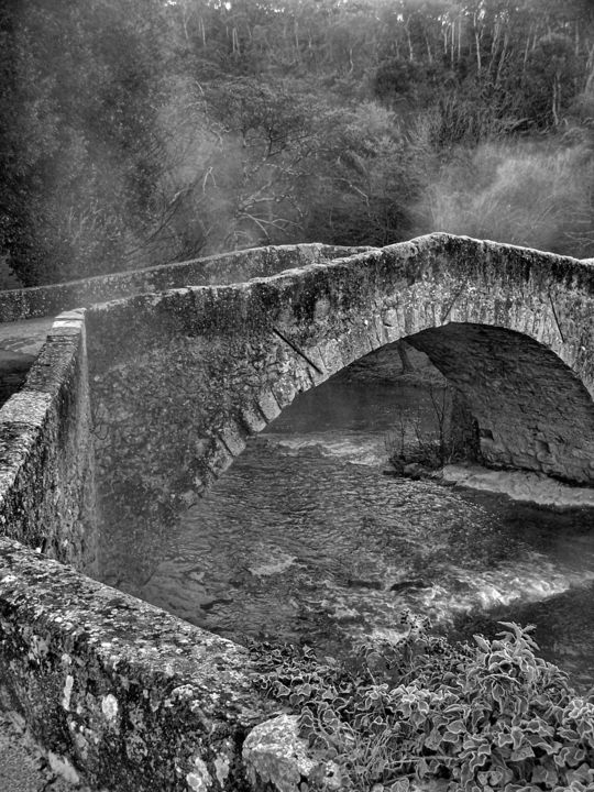 Roman bridge 2 - Photography, ©2017 by Isabelle Stagg -                                                                                                                                                                                                                                                                                                                                                                                                                                                          Figurative, figurative-594, Other, Architecture, Black and White, Landscape, roman bridge, black and white photograph, Black and White