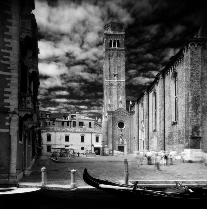 Frari 1 - Photography, ©2014 by Arsen Revazov -                                                                                                                                                                                                                                                                                                                                                                                                                                                                              Architecture, Black and White, artwork_cat.Cityscape, Landscape, venice, analog photography, black and white, cityscape, Limited Edition, Black and White