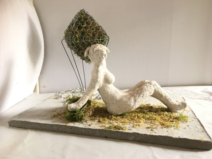 Chilling and waiting - Sculpture,  11x14.6x10.6 in, ©2019 by Kunstimkuhstall -                                                                                                                                                                                                                                                                                                                                                          Figurative, figurative-594, Women, Culture, Landscape, Love / Romance, Time