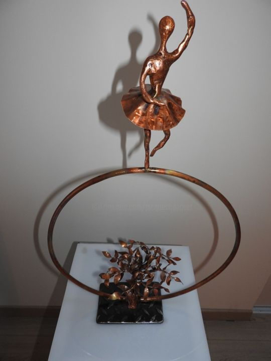Petit rat des champs - Sculpture,  70x50x5 cm ©2018 by jacques TRONQUET -                                                        Figurative Art, Metal, Performing Arts