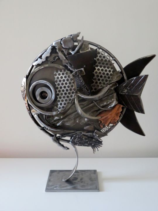 LE POISSON - Sculpture,  23.6x19.7x2.8 in, ©2015 by MARTINEZ -