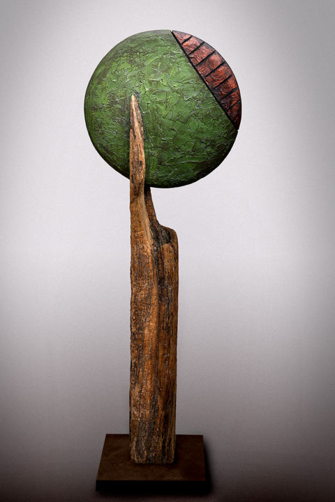 """""""Full Moon Hazard"""" série assemblages - Sculpture,  31.5x11.4x6.7 in, ©2018 by Picrate -                                                                                                                                                                                                                                                                                                                                                                                                                                                                                                                                                                                              Abstract, abstract-570, Wood, Metal, Abstract Art, full moon, hazard, danger, pleine lune, vert, bronze, bois"""