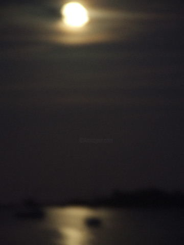 Lune floue - Photography, ©2006 by Juanma -                                                                                                                                                                                                                                                                                          océan, lune, nuit, juanma, art, Limited Edition