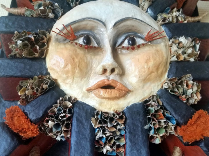 Soleil - Sculpture,  15.8x15.8 in, ©2020 by Karine Krynicki -                                                                                                                                                                                                                                                                                                                                                                                                          Figurative, figurative-594, Outer Space, Nature, sculpture murale, sculpture soleil, sculpture papier, bas relief