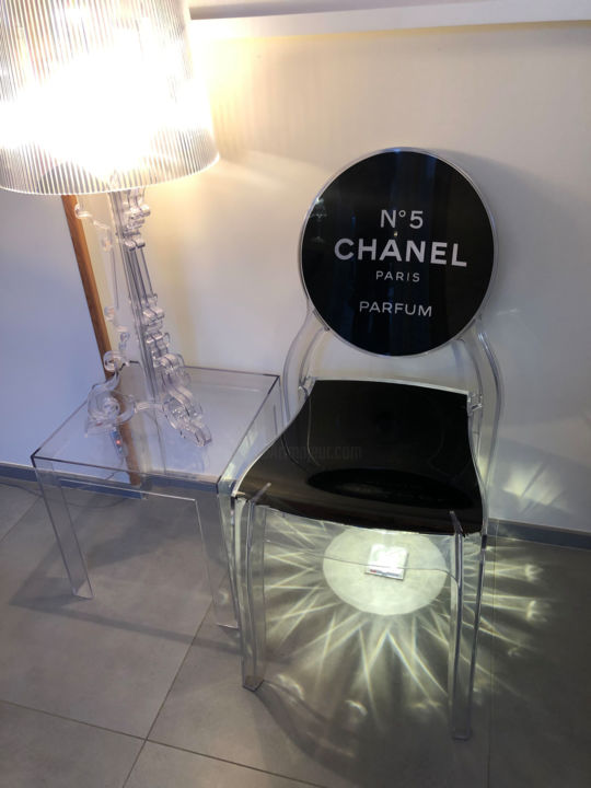 Chaise Kartell Chanel Sculpture By Laura Barseghian