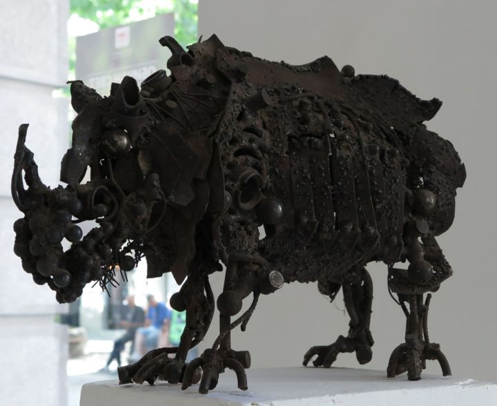 Rhinoceros - Sculpture,  45x60x29 cm ©2003 by Ljuba -                                                        Figurative Art, Metal, Animals