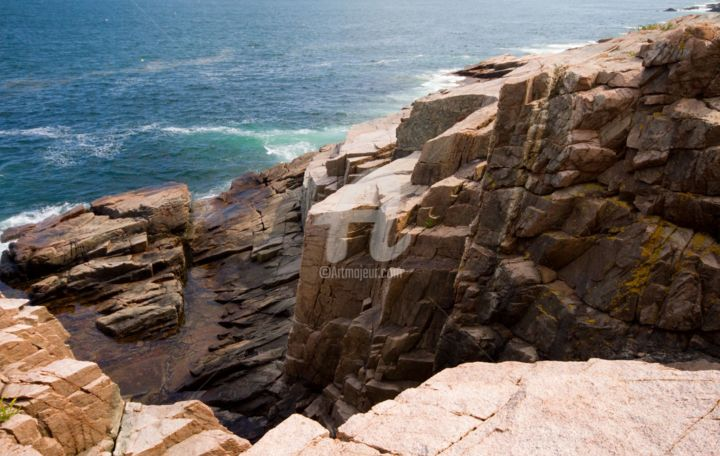 Thunder Hole, Acadia National Forest, Maine - Photography ©2015 by Lou Zucchi -                                                        Land Art, Paper, Seascape