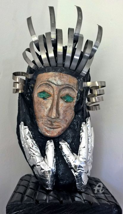 Metal Princess - Sculpture,  55x25x25 cm ©2016 by Étienne DUPÉ -                                                                                                                                                                                                                                                                                    Figurative Art, Naive Art, Portraiture, Symbolism, Outsider Art, Illustration, Folk, Aluminum, Other, Wood, Stainless Steel, Glass, Love / Romance, Performing Arts, Fantasy, Women, Black and White, Portraits, Robots, Dark-Fantasy, Heroic-Fantasy, metal, princess