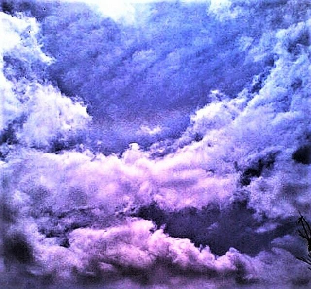 the ARM OF GOD and other celestial faces - Photographie ©2 par magicdragom12345 -                                            Art abstrait, Toile, CLOUDS
