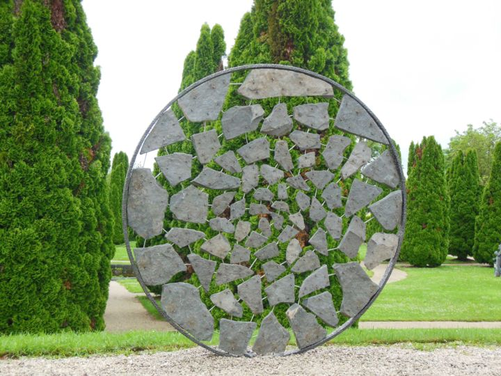CERCLE DE PIERRES - ©  Sculpture, Statue, Décoration, Aménagement, Jardin, Extérieur, nature, pierre, minéral, métal, inox, monumental, art, contemporain, œuvre, land, sculpteur, français, international, France, Bourgogne, création Online Artworks