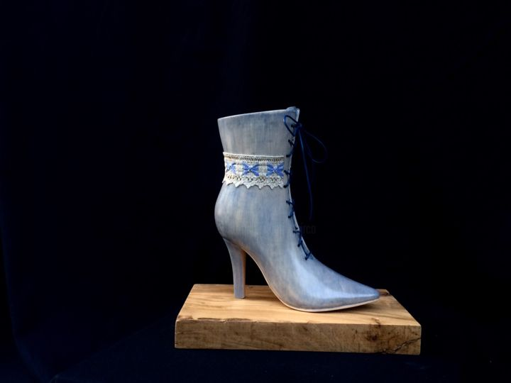 bottine jean's - Sculpture,  11.8x11.8x6.3 in, ©2017 by Mirèo -                                                                                                                                                                                                                                                                                                                                                                                          Wood, Women, Fashion, bottine jean's, bottine talon haut, sculpture chaussure, mireille vanson, mode chaussure bleu