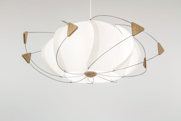 Luminaire lustre suspension volute mathieu widloecher for Luminaire lustre design