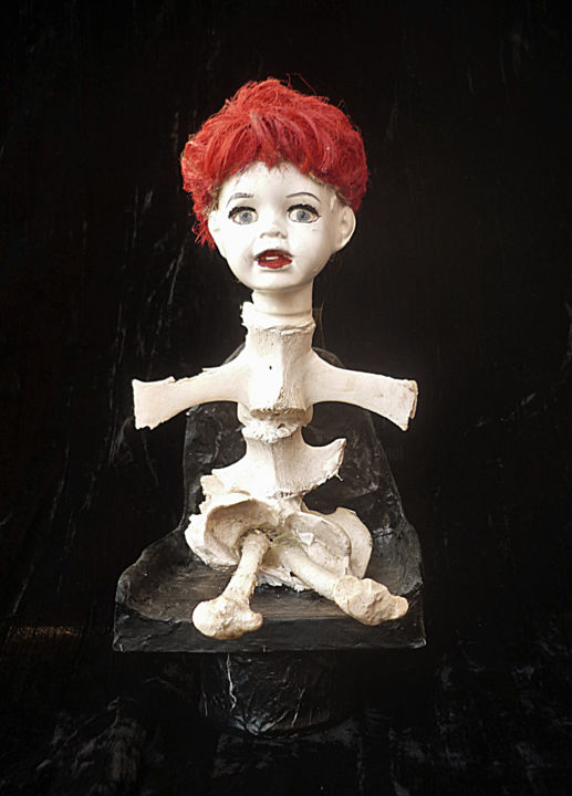 Petite poupée d'os - Sculpture,  9.8 in, ©2016 by Nancy Cardinal -                                                                                                                                                                                                                                                                                                                                                                                                                                                          Outsider Art, outsider-art-1044, Other, Fantasy, Women, Humor, Mortality, Portraits, os